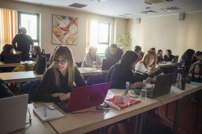 Участие в семинар - практическо обучение за работа с електронен дневник - EDG.bg 2